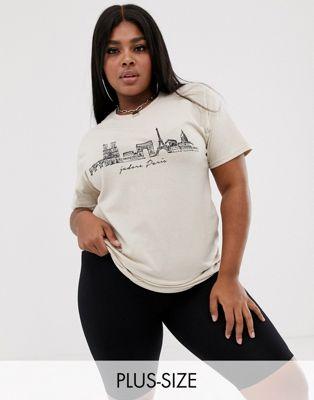 Boohoo – Plus – Kremowy T-shirt z napisem i panoramą Paryża