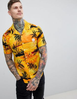boohooMAN Revere Shirt With Beach Print In Yellow