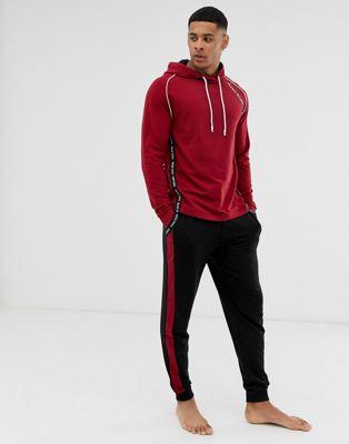 BOSS - Bodywear - Pantalon de jogging resserré aux chevilles avec bande à logo - Bordeaux