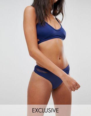 Braguitas de bikini en azul marino Meshin Around de Free Society