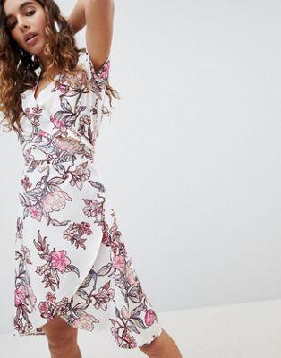 b.Young - Vestito a portafoglio con stampa a fiori