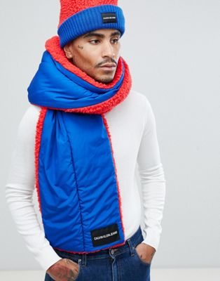 Calvin Klein Jeans Blanket Scarf in Teddy
