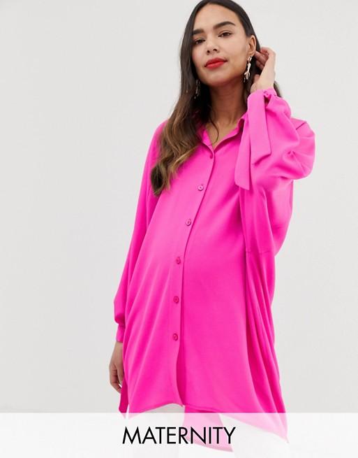 Camisa extragrande en rosa intenso de Blume Maternity