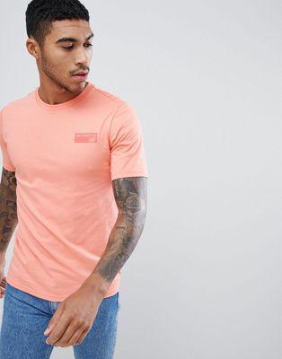Camiseta clásica en rosa con estampado en la espalda MT81553_FIJ de New Balance