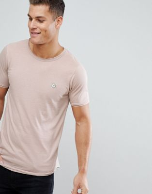 Camiseta larga con bordes sin rematar de Le Breve