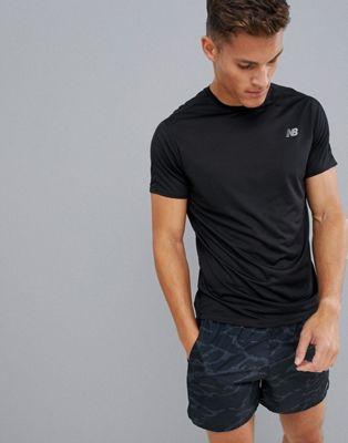 Camiseta negra Accelerate de New Balance Running