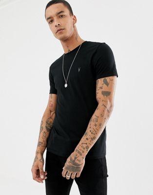 Camiseta negra con logo de AllSaints
