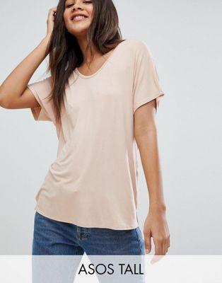 Camiseta rosa con mangas estilo murciélago y diseño drapeado de ASOS DESIGN Tall