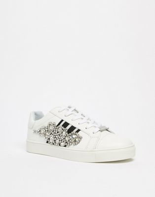 Carvela Leather Sneaker With Sports Stripes & Embellishment