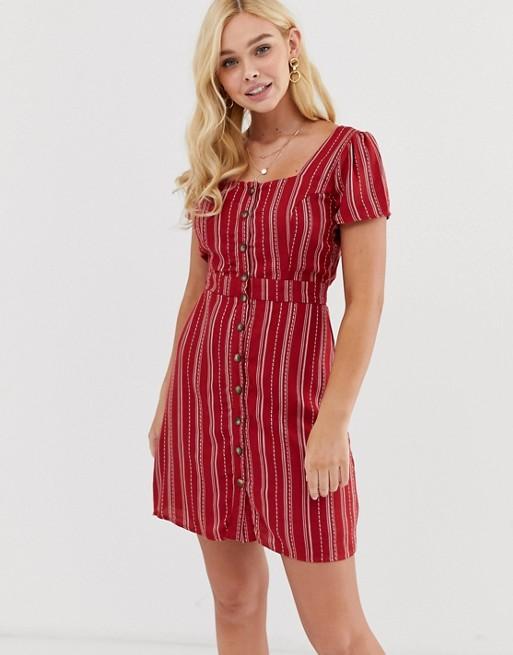 Чайное платье в полоску с квадратным вырезом и пуговицами Gilli