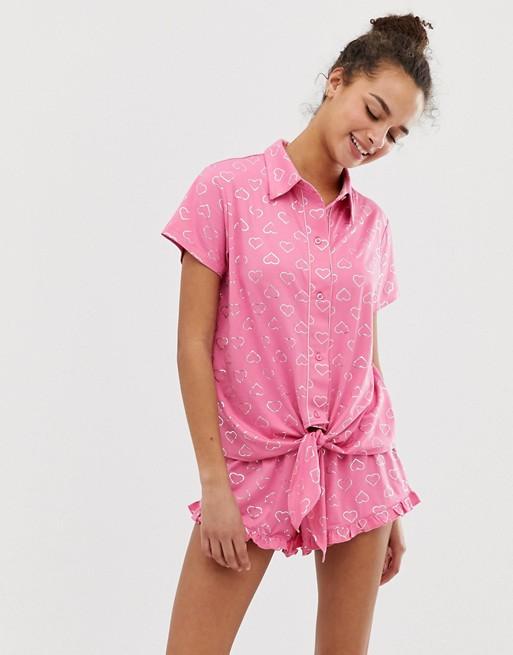 Chelsea Peers love heart printed pyjama short set in pink