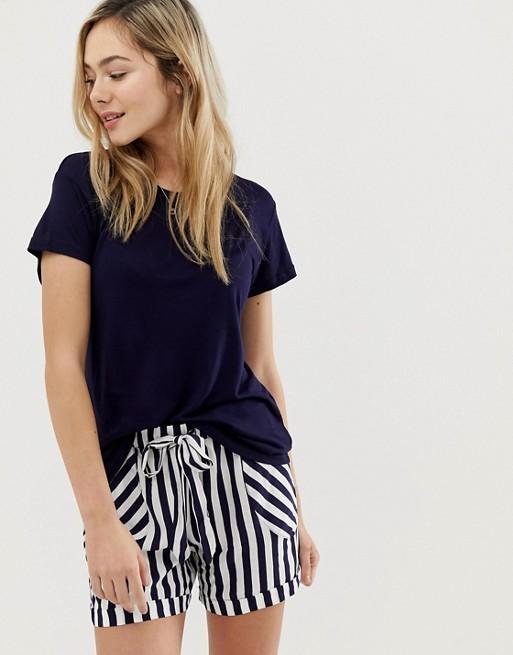 Chelsea Peers pyjama set in stripe short