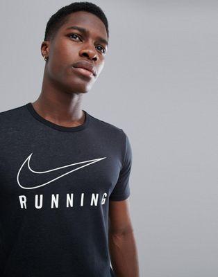 Черная футболка с логотипом Nike Running 910950-010