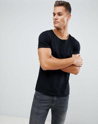 Изображение 1 из Черная футболка с овальным вырезом ASOS DESIGN