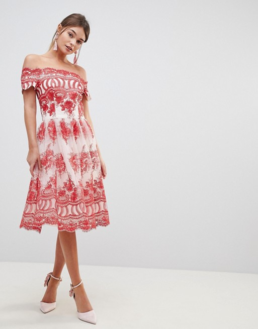 f0a3cb96fc chi-chi-london-premium-lace-dress-with-placement-