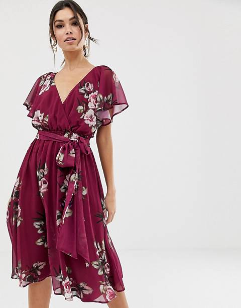 City Goddess flutter sleeve midi dress in floral print