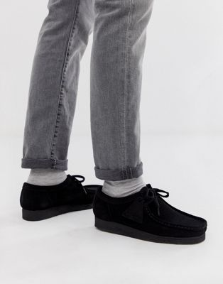 all black clarks wallabees
