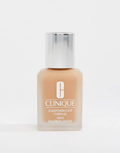 Clinique Superbalanced Make Up