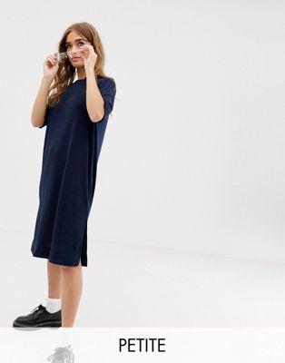 COLLUSION Petite - Robe t-shirt près du corps coupe mi-longue