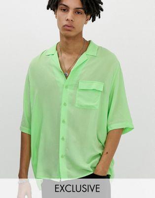 Bild 1 av COLLUSION – Skjorta i neon i oversize-modell med platt krage