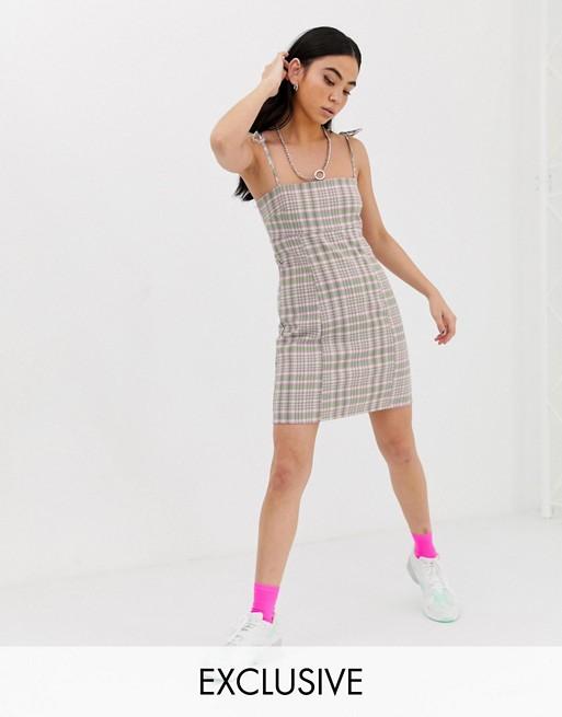 COLLUSION – Sukienka mini o dopasowanym kroju w kratkę 8754219