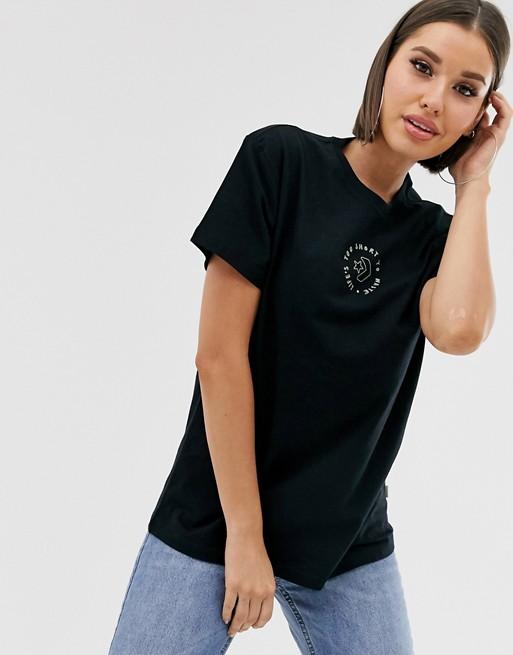 Converse – Czarny t-shirt – Life's too short to waste – Ze zrównoważonej produkcji