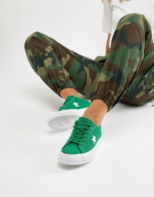 Converse Embroidered One Star Trainers In Green