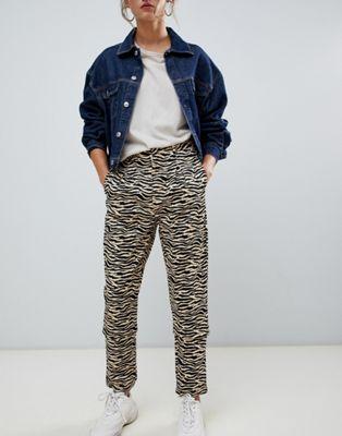 Daisy Street peg pants in zebra print