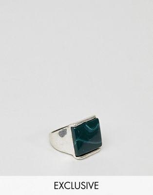 DesignB – Silberfarbener Ring mit Stein, exklusiv bei ASOS