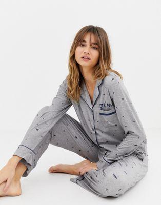Bild 1 von DKNY – Langärmliger Schlafanzug mit Print, Geschenkset