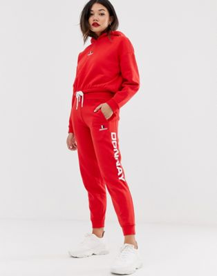 Image 1 of Donnay large logo jogger in red
