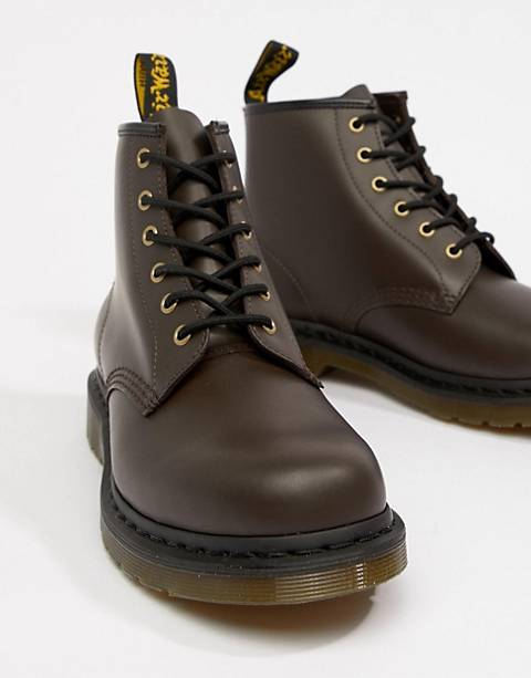 Dr Martens 101 6-eye boots in chocolate