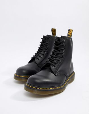 Dr Martens 1460 8-eye boots in black 11822006