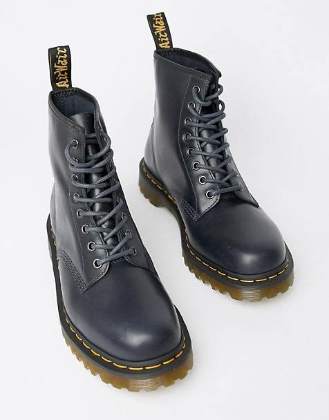 Dr Martens 1460 8-eye boots in navy