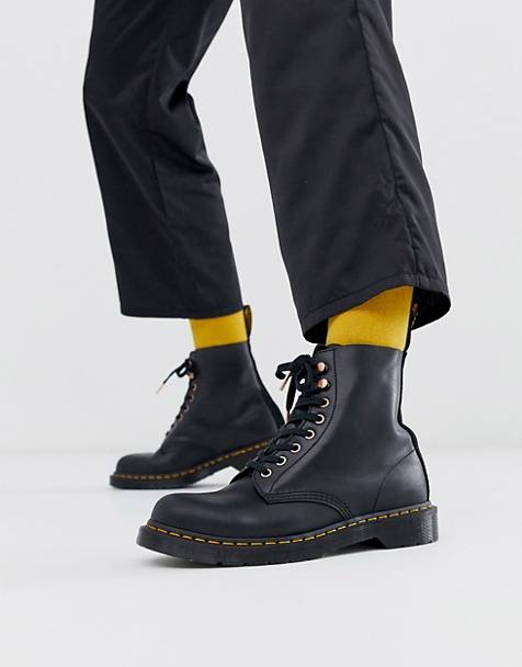 Dr Martens 1460 Pascal 8 eye boot black suede