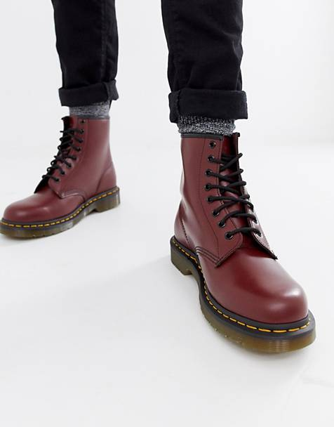 Dr Martens original 8-eye boots in red 11822600