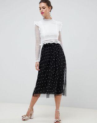Falda larga de tul con forro completo y adorno de perlas de imitación de ASOS