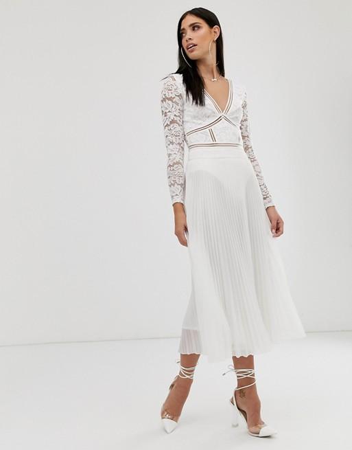 Falda midi de chifón plisado en blanco de Parallel Lines