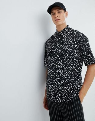FoR Wide Fit Shirt With Brush Print In Black