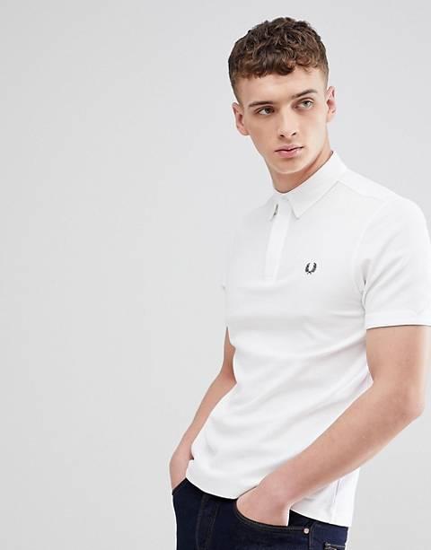 Fred Perry – Pikee-Polohemd in Weiß mit strukturiertem Kragen