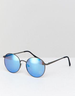 Gafas de sol redondas en gris metálico y lentes azules de espejo de ASOS