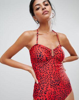 Bild 1 von Gestuz – Roter Badeanzug mit Leopardmuster
