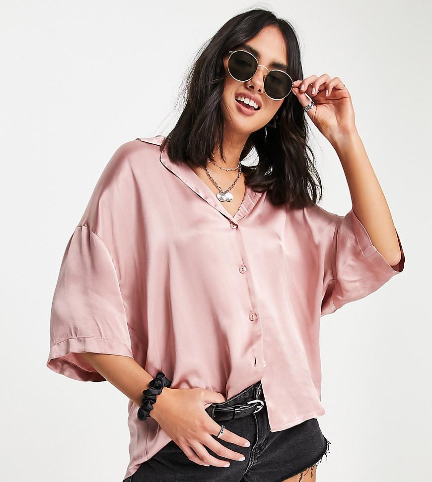 Harlow short sleeved satin shirt in baby pink