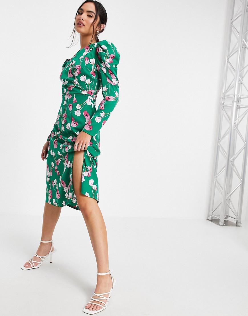 Girl In Mind - Grøn slå-om-kjole med skulderpuder