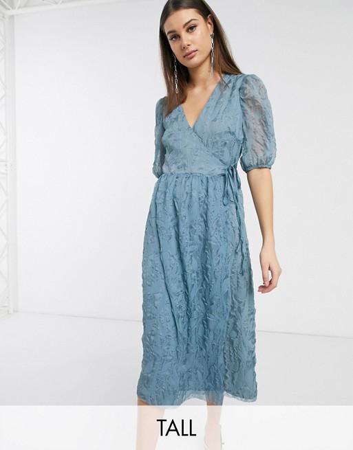 Glamorous Tall - Midaxi-jurk met overslag, volumineuze mouwen en textuur