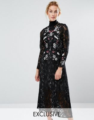 Hope & Ivy Midi Dress in Lace and Embroidery