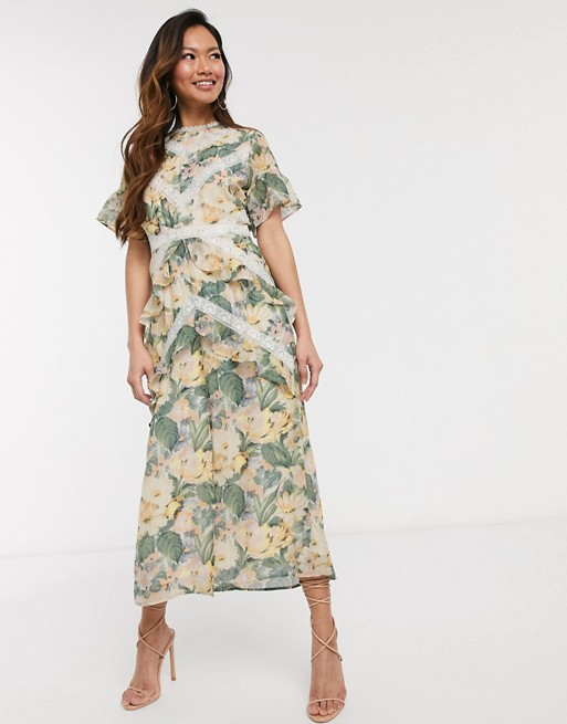 Hope & Ivy - Robe mi-longue avec empiècements en dentelle et imprimé printanier motif roses