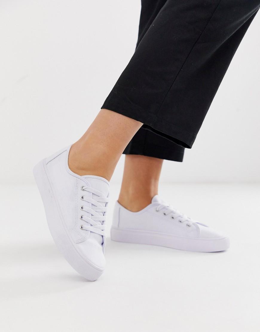 Hvide ru sneakers med snørebånd fra ASOS DESIGN