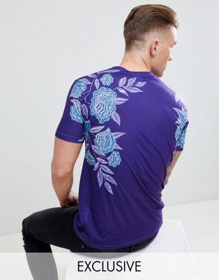 Hype - T-shirt met rozenprint, exclusief bij ASOS