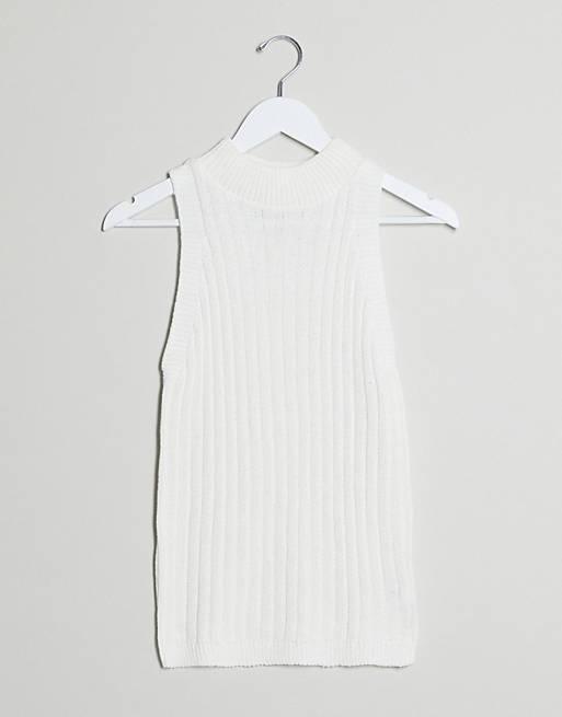 I Saw It First – Vitt ribbstickat linne
